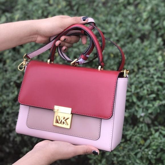 3d8e9d565ae75f Michael Kors Bags | Mindy Medium Leather Crossbody | Poshmark